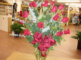 18 Red roses arrangement in a vase from Bunn Flowers & Gifts, local florist in Pittsburg, TX